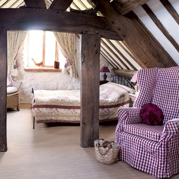 attic-purple-bedroom-design